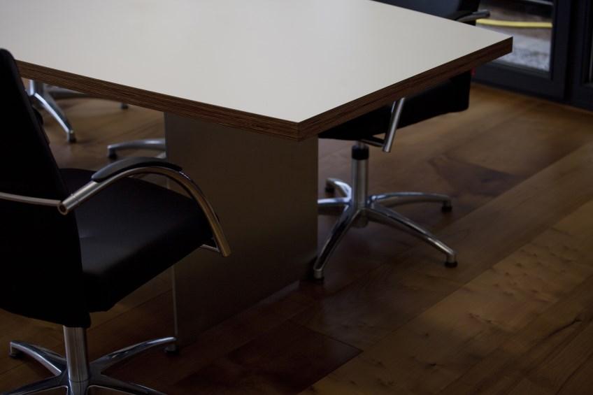 Büroeinrichtungen 2